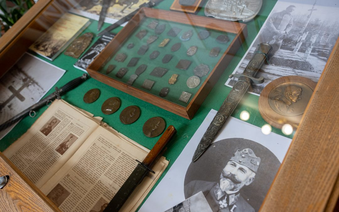 Lajtabánság bélyegeit, őrvidéki települések képeslapjait bemutató kiállítás nyílt Házunkban
